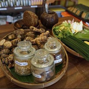 インドネシアの伝統療法<br>ジャムウを体験